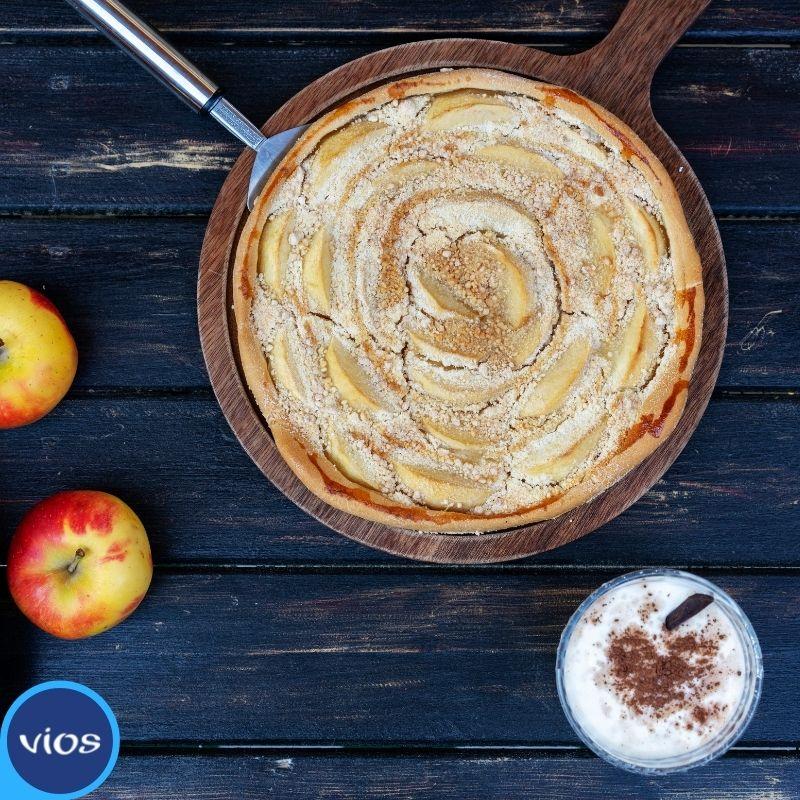 Ricetta della torta di mele con yogurt greco